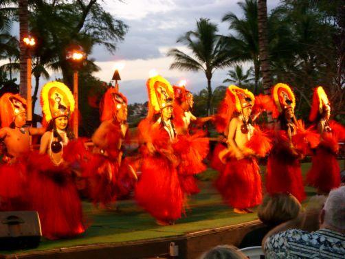 Dancers Luaus Maui