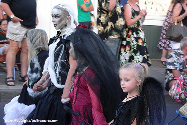 Halloween cruises to Lahaina