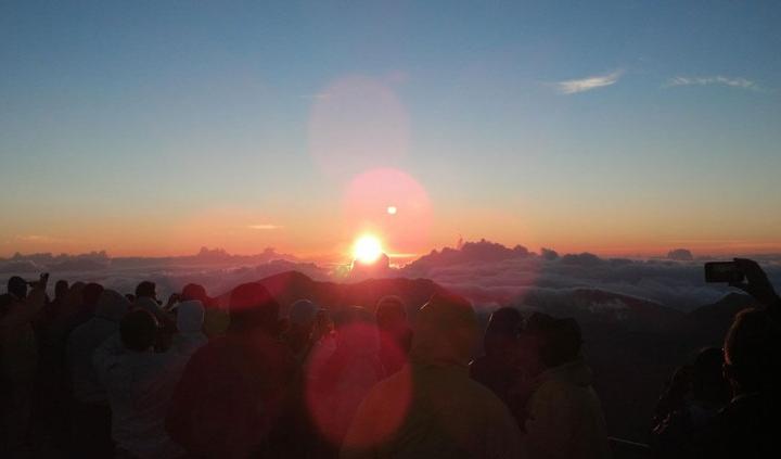 Sunrise-Volcano-Maui