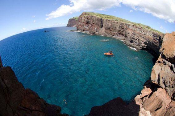 Lana'i Ocean Rafting Snorkel & Dolphin Tour