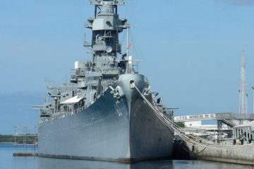 Day Tour to Pearl Harbor from Maui