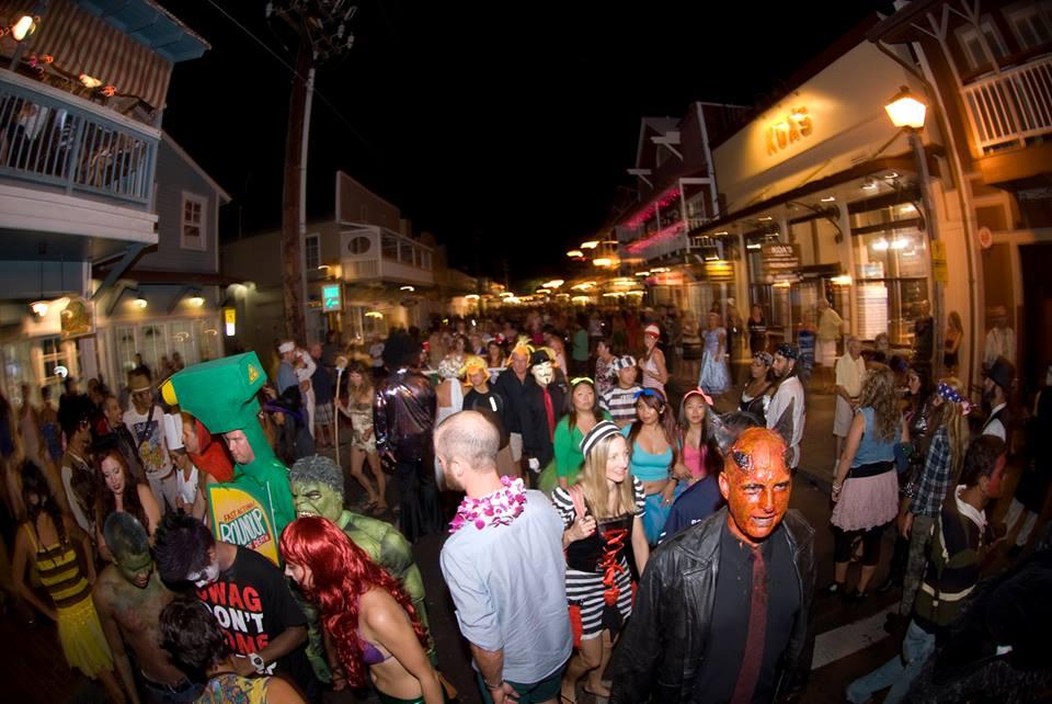 Halloween-Front-Street-Lahaina