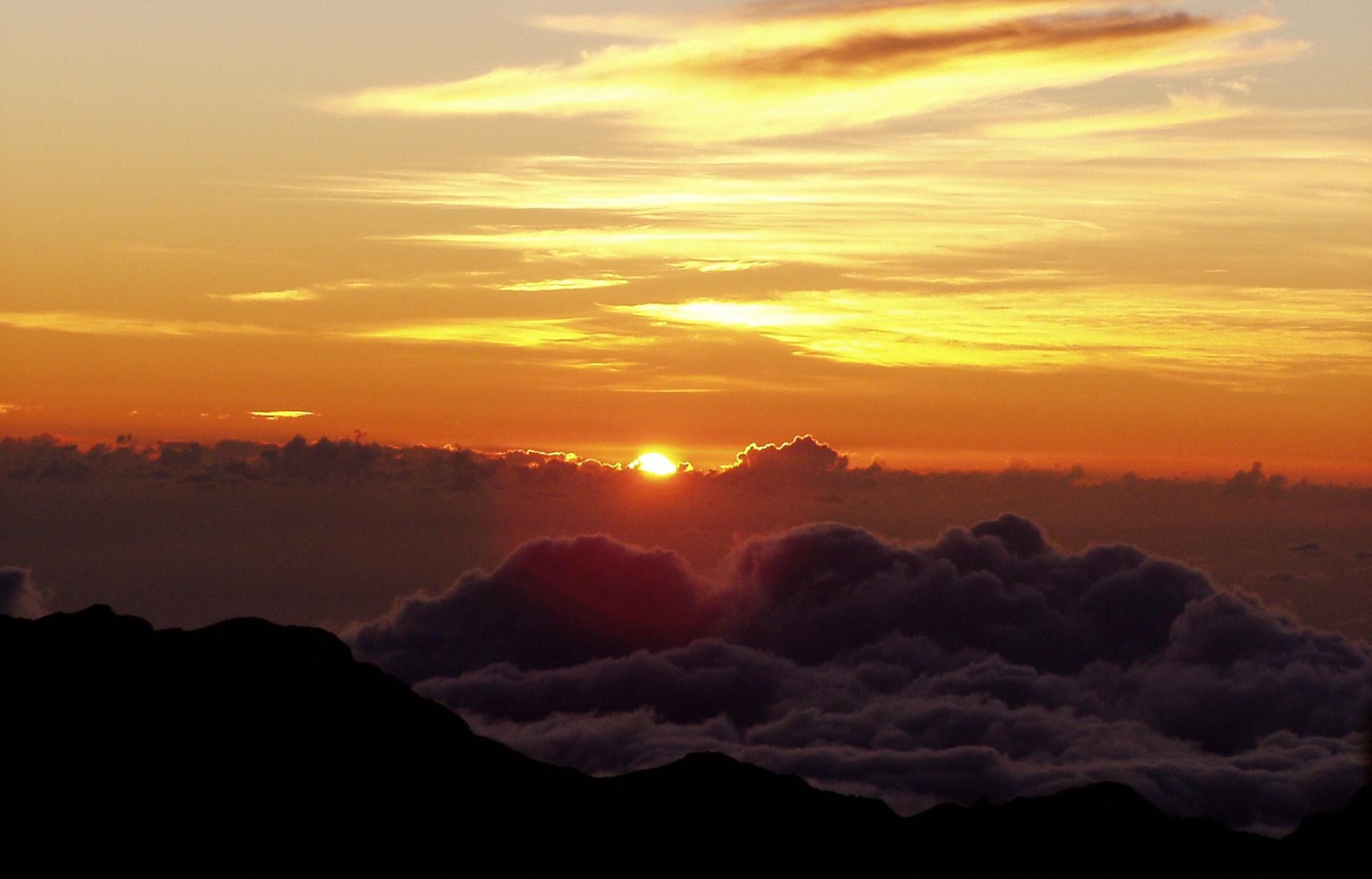 haleakala-sunrise-zip